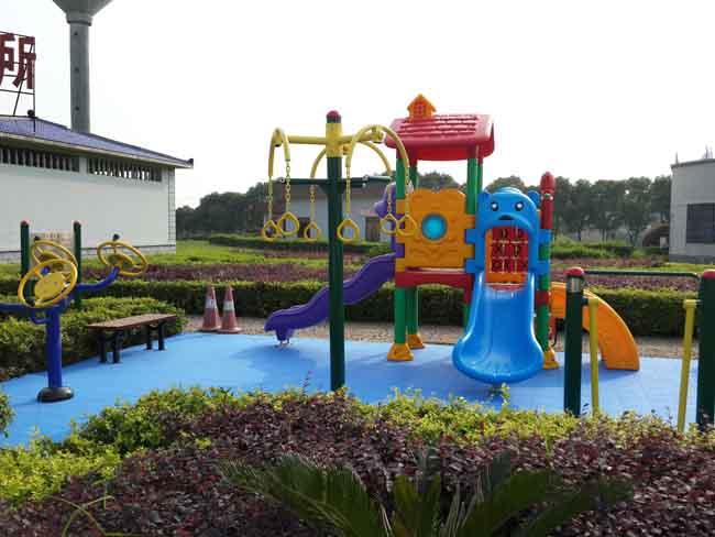 G4高速昭山服务区儿童乐园实例